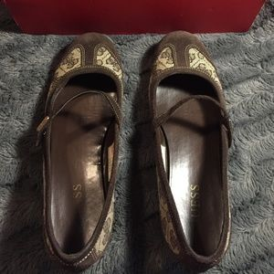 Guess Women Casual Strap Brown Sandals Size 8.5 M